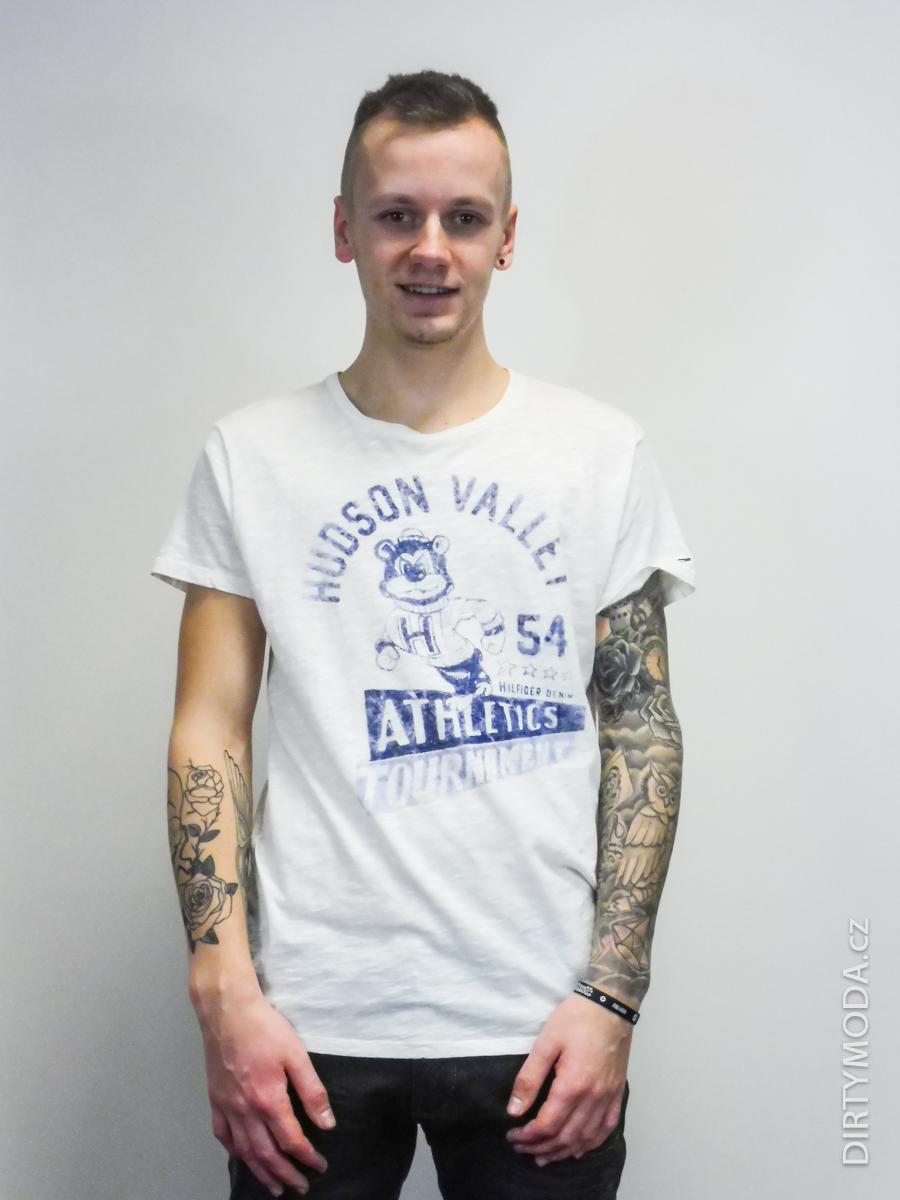 Pánské trička   Triko TOMMY HILFIGER bílé eb7b94558f